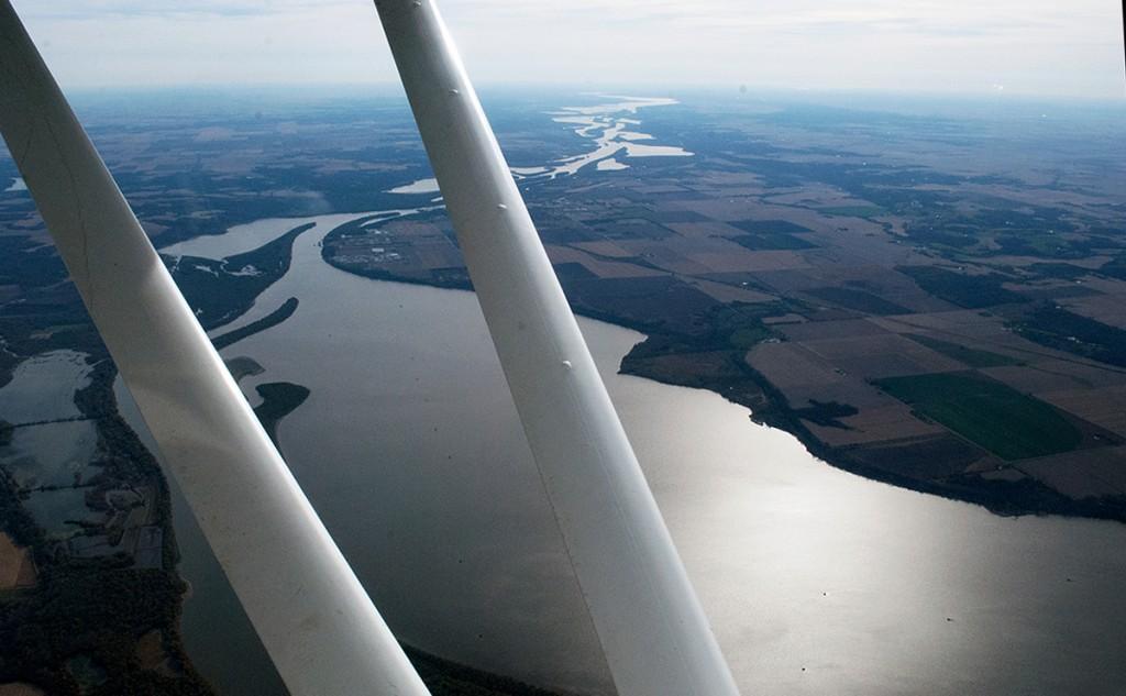 Flying across the Mississippi River